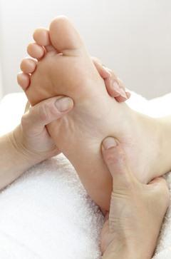 นวดเท้า,กดจุดสะท้อนเท้า,reflexology